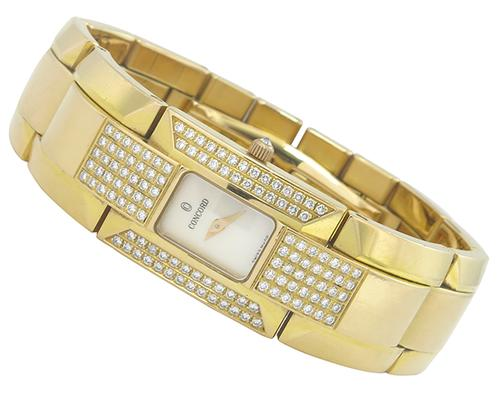 Round Cut Dimaond 18k Yellow Gold Watch