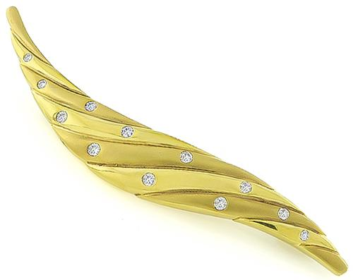 Round Cut Diamond 18k Yellow Gold Pin