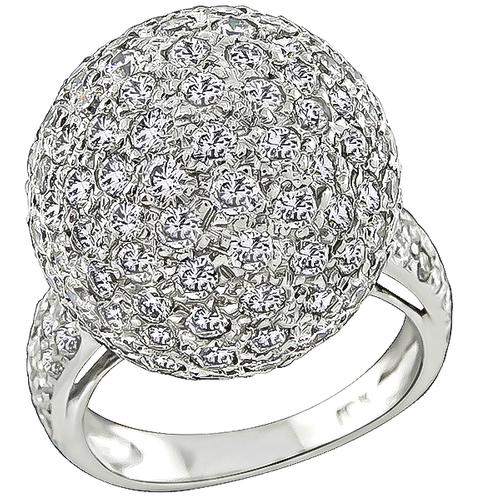 Round Cut Diamond 18k White Gold Cocktail Ring