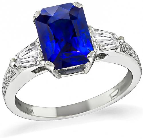 Modified Radiant Cut Sapphire Shield and Round Cut Diamond 18k Gold Engagement Ring