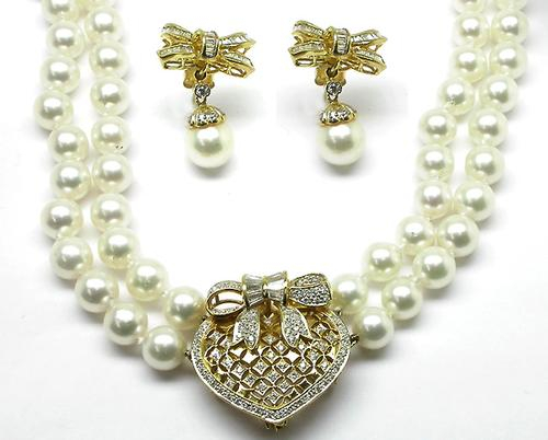 1960s Pearl and Diamond 18k Yellow Gold Earrings and Necklace Set