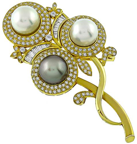 Round and Baguette Cut Diamond White and Gray South Sea Pearl 18k Yellow Gold Floral Pin
