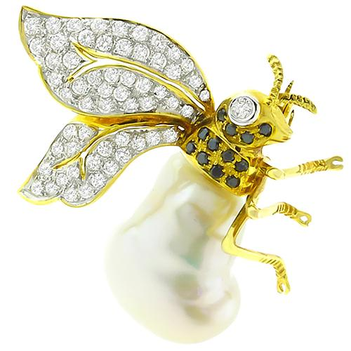 1960s 1.25ct Round Cut White Diamond  Baroque Pearl 18k Yellow Gold Queen Bee Pin
