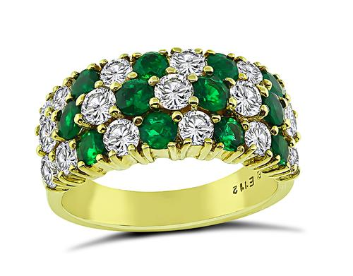 Round Cut Diamond and Emerald 18k Yellow Gold Ring