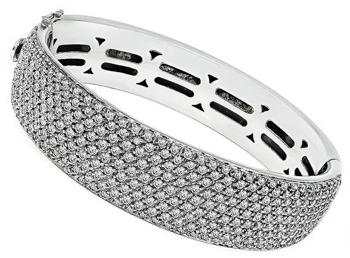 Round Cut Diamond 18k White Gold Bangle