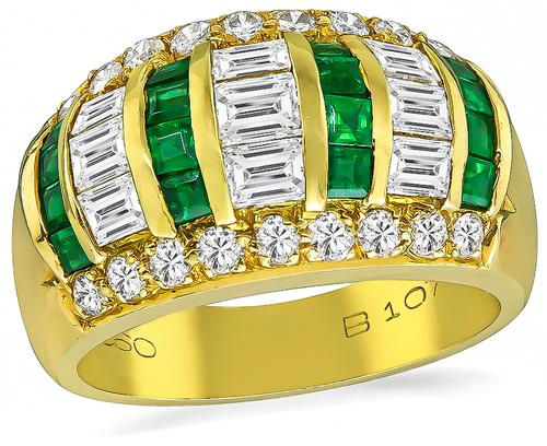 Emerald and Round Cut Diamond Square Cut Emerald 18k Yellow Gold Ring