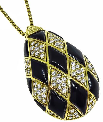Round Cut Diamond Onyx 18k Yellow Gold Pendant Necklace
