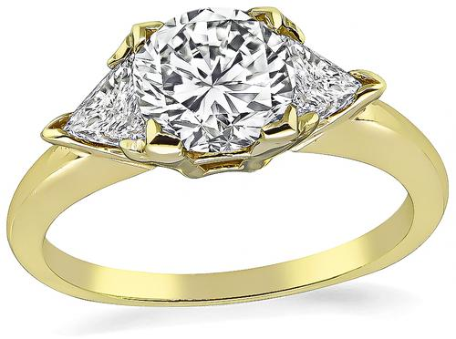 Round Cut Diamond 14k Yellow Gold Engagement Ring