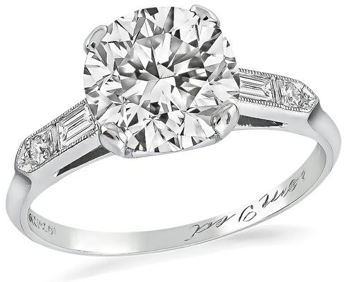 Round Cut Diamond Platinum Engagement Ring