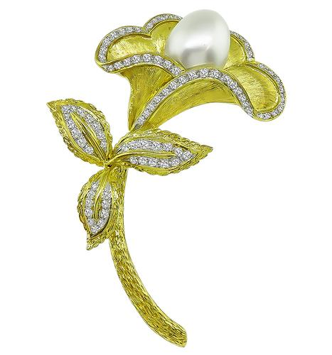 Round Cut Diamond Pearl 18k Yellow Gold Flower Pin