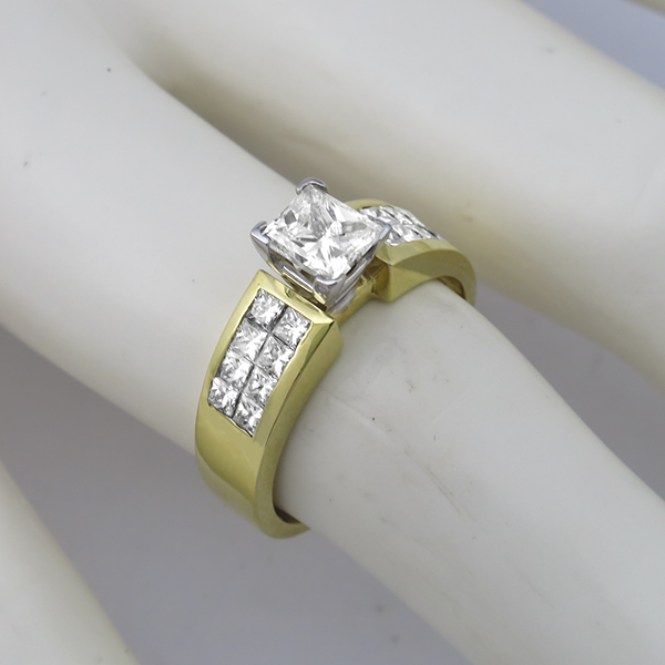 18k yellow and white  gold diamond engagement ring 1