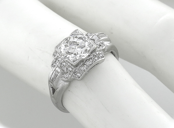 antique 1.25ct diamond engagement ring photo 1