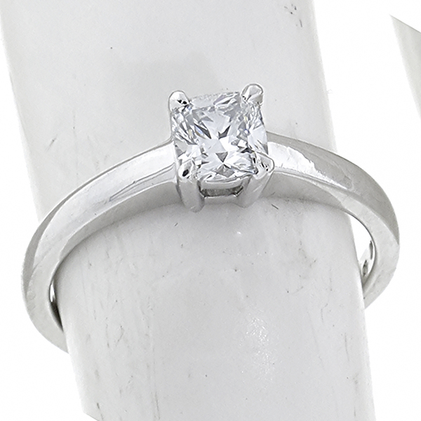 diamond solitaire  platinum engagement ring 1