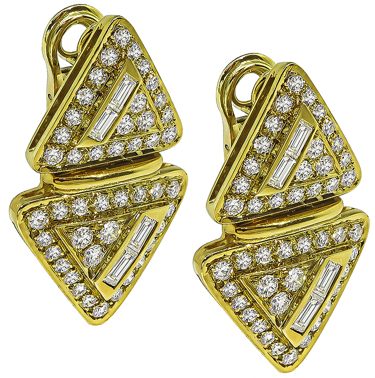Baguette and Round Cut Diamond 18k Yellow Gold Earrings