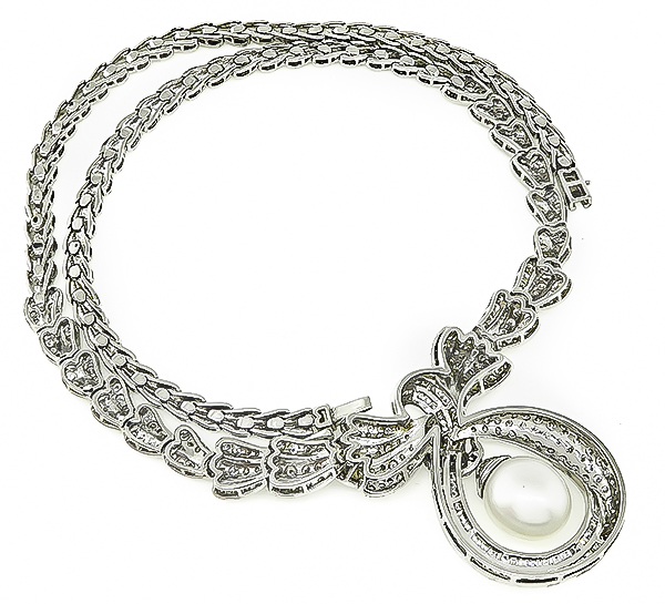 Round and Carre Cut Diamond Pearl 18k White Gold Necklace