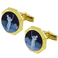 Carved Onyx Golfer Cameo Gold Cufflinks | Israel Rose